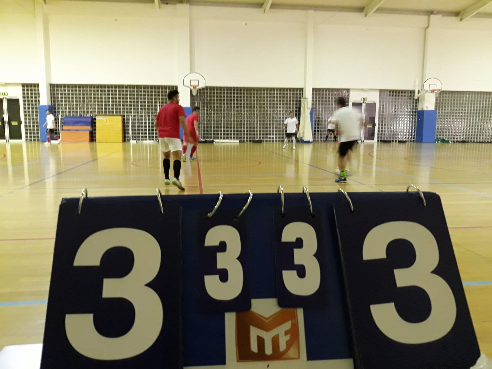 Campeonato - Meias-Finais